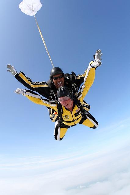 Parachutespringen op de Waddeneilanden: activiteiten Waddeneilanden
