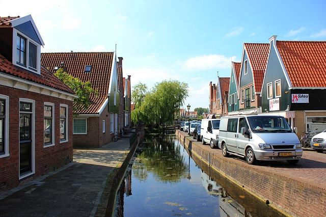 Activiteiten: bezoek Volendam en Marken